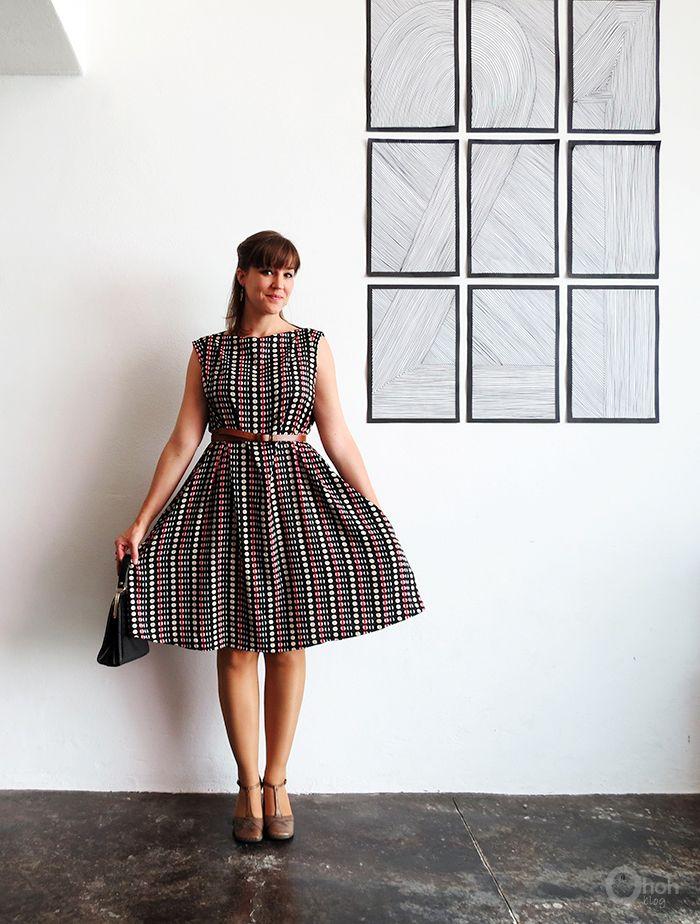 Gratis Damen Schnittmuster - The easy dress sewing tutorial