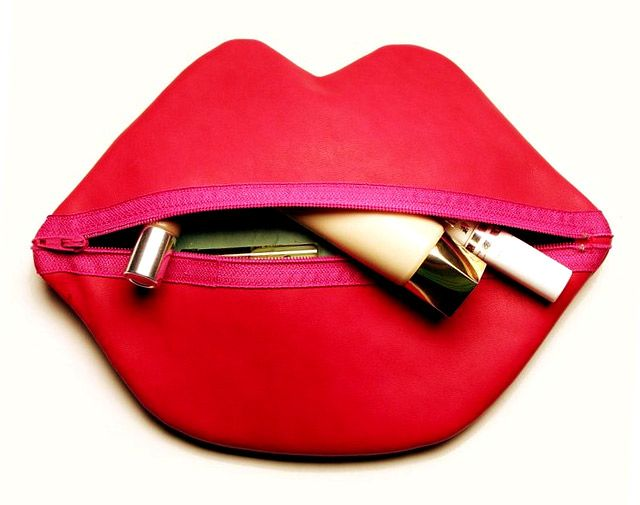 Gratis Accessoires Schnittmuster - Red Lips Makeup/Cosmetic Bag