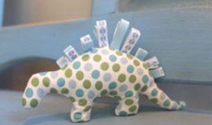 Gratis Spielsachen Schnittmuster - Baby Dino